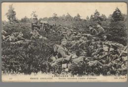 CPA Guerre 14-18 - Campagne De 1914 - Armée Anglaise - Section Attendant L'ordre D'attaque - Guerre 1914-18