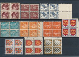 FRANCE - LOT DE 10 BLOCS DE 4 TIMBRES NEUFS** SANS CHARNIERE - COTE YT : 18€20 - 1932/49 - France