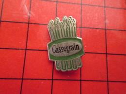 916A  Pins Pin's / Rare & De Belle Qualité  THEME : ALIMENTATION / ASPERGES LEGUMES CASSEGRAIN - Food