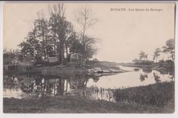 BOUAYE (44) : LES QUAIS DE BOUAYE - BATEAUX - CABANES - FILETS DE PECHE - CLICHE PEU COURANT - ECRITE 1906 -* 2 SCANS - - Bouaye