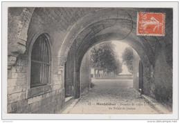 80 - MONTDIDIER DESSOUS DE VOUTE A L'ENTRÉE DU PALAIS DE JUSTICE - N° 12 - 5 MAI 1913 - 2 Scans - - Montdidier