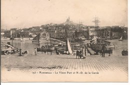 L200A353 - Marseille - Le Vieux Port Et N.D De La Garde - Jolie Animation - FG  N°193 - Vieux Port, Saint Victor, Le Panier