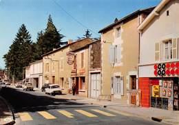 Saint-Julien-l'Ars - La Rue Principale - Charcuterie Coop - Café-Restaurant Du Centre - Tabac - DS - Saint Julien L'Ars