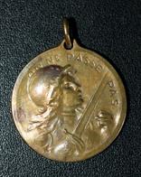 """WWI - Beau Pendentif Médaille De Bronze De Poilu - Journée """"On Ne Passe Pas / Verdun 21 Février 1916"""" WWI - 1914-18"""