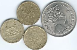 Singapore - 1 Dollar - 1968 (KM6) 1987 (KM54) 1989 (ribbon Upwards - KM54b) 1997 (ribbon Downwards - KM103) - Singapour