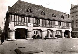 ROUEN PLACE DU  VIEUX MARCHE - Rouen