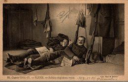 ROUEN  SOLDATS ANGLAIS AU REPOS - Rouen