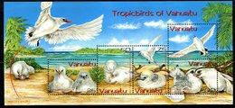 Vanuatu 2004 Red-tailed Tropic Bird MS MNH (SG MS937) - Vanuatu (1980-...)