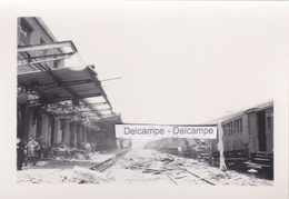 VAISE LYON 1944 - Photo Originale De La Gare Détruite Par Les Bombardements ( Rhône ) - Places