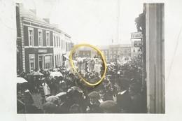 Carte Photo Morlanwelz Carnaval Feureu 1914 Gilles Avec Chapeau No Binche Carnières - Morlanwelz