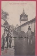 ASIE--INDOCHINE---CAMBODGE-PHNOM-PENH---Elephants Se Rendant Aux Ecuries---animé - Cambodia