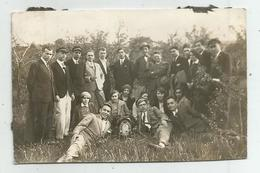 Men,Women Pose For Photo  Hg117-136 - Personnes Anonymes