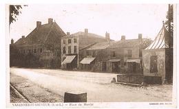 Varennes-Saint-Sauveur - Place Du Marché - Other Municipalities