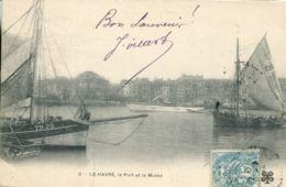 N°70139 -cpa Le Havre -le Port Et Le Musée- - Le Havre