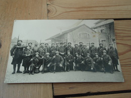 Groupe De Soldats Caserne KRIEN à DIJON 1940 - Casernes