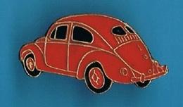 PIN'S //  ** BELLE / COCCINELLE / VOLKSWAGEN ** - Volkswagen