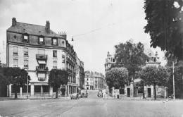Besançon         25         Le Casino Et L'Hôtel Des Bains  Année 1954      (Voir Scan) - Besancon
