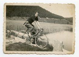 Jeune Homme Man Bike Velo Elegance Beauty Playboy 1942 Ww2 - Personnes Anonymes