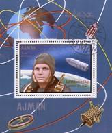 Ajman  Block + Marke In Memoriam Juri Gagarin - Raumfahrt