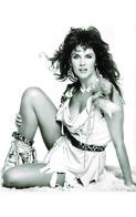Caroline Munro  PHOTO POSTCARD  FILM STARS-1 - Mujeres Famosas