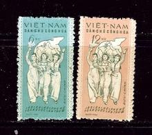 North Vietnam 146-47 Issued Without Gum 1961 Set - Vietnam