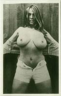 1970s VINTAGE RISQUE AMATEUR PHOTO -  NAKED WOMAN (475) - Bellezza Femminile Di Una Volta < 1941-1960
