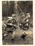 CPM* N°1976 - UNSERE WAFFEN-SS - FUNKTRUPP NIMMT STELLUNGSWECHSEL VOR - Guerre 1939-45