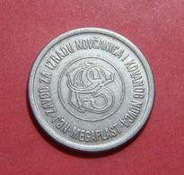 YUGOSLAVIA ND 1970 - 1990 POSTANSKA STEDIONICA MEGAPLAST NBJ A TOKEN, 23 Mm. - Tokens & Medals