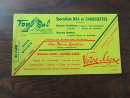 ANCIEN BUVARD / PUB  TOUS BAS LINGERIE  / CHARLEVILLE / FRANCE - Papeterie