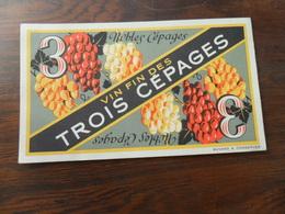 ANCIEN BUVARD / PUB / VIN FIN DES TROIS CEPAGES - Stationeries (flat Articles)