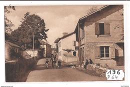 136 FRD64 CARRESSE ENTREE DU BOURG TTB - Clermont En Argonne