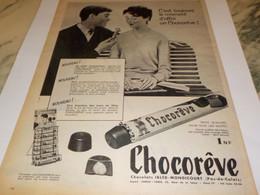 ANCIENNE PUBLICITE MOMENT D OFFRIR CHOCOREVE 1960 - Affiches
