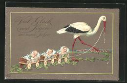 Präge-AK Klapperstorch Zieht Drei Wagen Mit Säuglingen - Birds