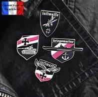 Lot De 4 Pins Pin's Badges NEUFS En Métal ( Brooch ) - WW2 Armée Allemande German Army - Pin's