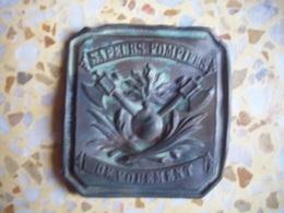 Ancienne Plaque De Ceinturon Sapeurs Pompiers - Pompiers