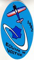 Thematiques Aviation Autocollant Sticker France 1982 Equipe De Voltige Avion - Autocollants