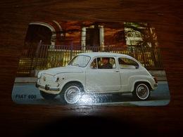Carte Publicitaire Officielle  Fiat 600 13x8,5CM Avec Caractéristiques De La Voiture Au Verso - Advertising