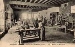 Pensionnat St-Gabriel   St-LAURENT-sur-SÈVRE.  L'Atelier De Menuiserie. - France