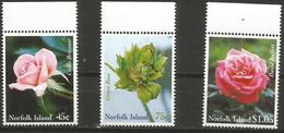 Norfolk Island - 1999 National Womens Association (Roses) Set Of 3 MNH ** - Norfolk Island