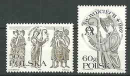 POLAND MNH  ** 3427-3428 MORT DE SAINT ADALBERT. FEMMES. GUERRIERS. CROSSE ET MITRE D'ARCHEVEQUE Religion - 1944-.... République