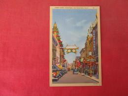 Street Scene Chinatown    California > San Francisco      Ref 3165 - San Francisco