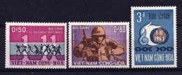 VNS - 247/249** - ANNIVERSAIRE DE LA REVOLUTION - Viêt-Nam