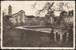 Abbaye D'ORVAL - La Cour D'Honneur Et La Basilique - Florenville