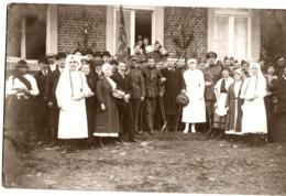 Guerre 14/18 Rassemblement De Soldats & Infirmières Croix Rouge & Civils Endroit Inconnu  à Localiser - Guerre 1914-18