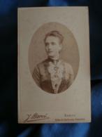 Photo CDV Barco à Nancy  Portrait Femme  Belle Robe  Coiffure Avec Un Peigne (Mme Léon Saur) CA 1895 - L425A - Anciennes (Av. 1900)