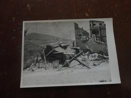 FOTOGRAFIA CARRI ARMATI PERIODO 2 GUERRA MONDIALE IN ESPOSIZIONE-FOTO ANNI 60 - Guerre, Militaire