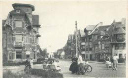 Duinbergen - Rue De La Poste - Bazar Du Tennis Cauwels Duinbergen - 1954 - Knokke