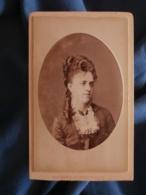 CDV Photo Maujean Dubois à Paris - Portrait De Louise Forrer ( Née Renaut) Vers 1880-85 L425A - Anciennes (Av. 1900)