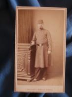 CDV Photo Maujean Et Dubois à Paris - Militaire En Pied Du 28e RI Vers 1875-80 L425A - Anciennes (Av. 1900)