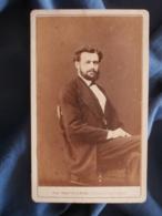CDV Photo Mulnier à Paris - Second Empire Notable Mr Alphonse Julienne,  Vers 1865-70 L425A - Anciennes (Av. 1900)
